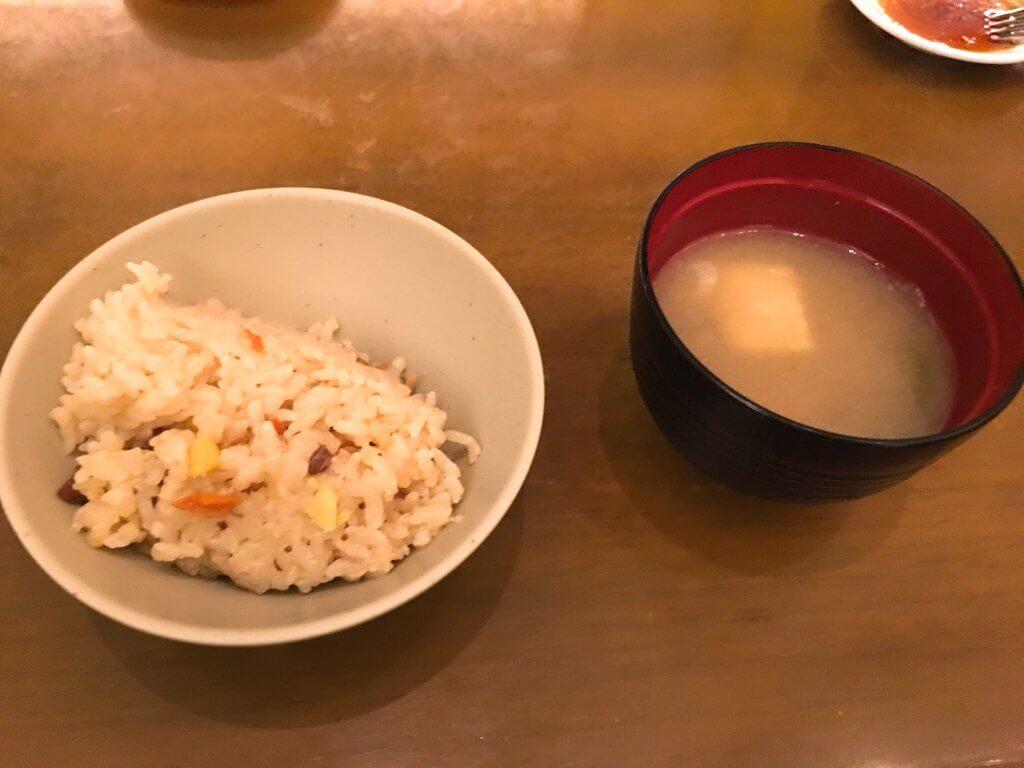 ザ・ブッフェ 大丸札幌休日ディナーブッフェ 栗炊き込みご飯と味噌汁