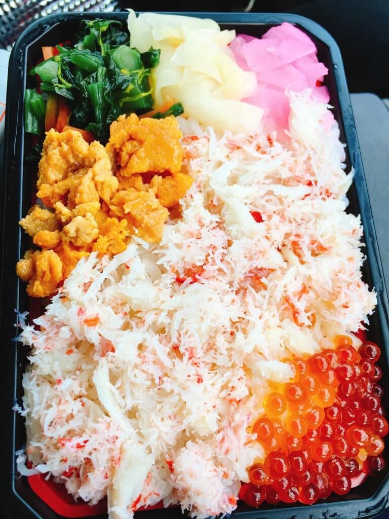 海鮮市場めし兆 三色めし大盛り600円