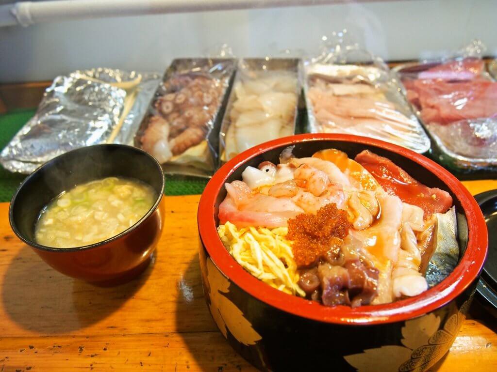 釧路吉江寿司ランチ生ちらし800円