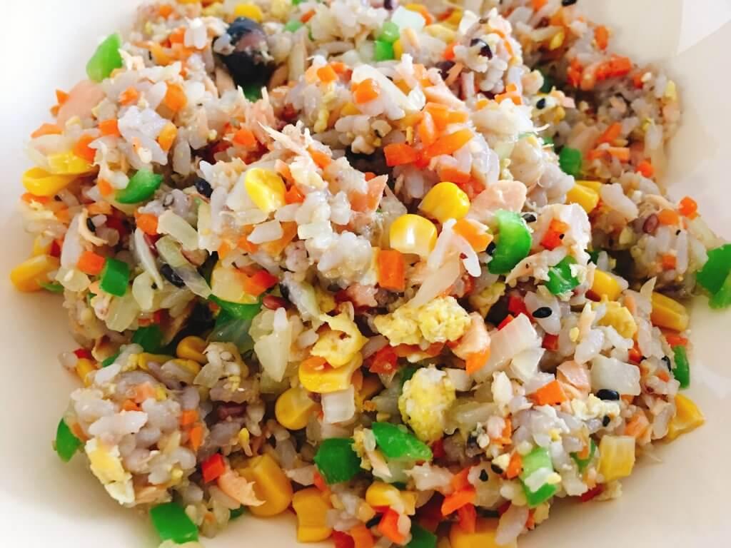 16穀米鮭炒飯