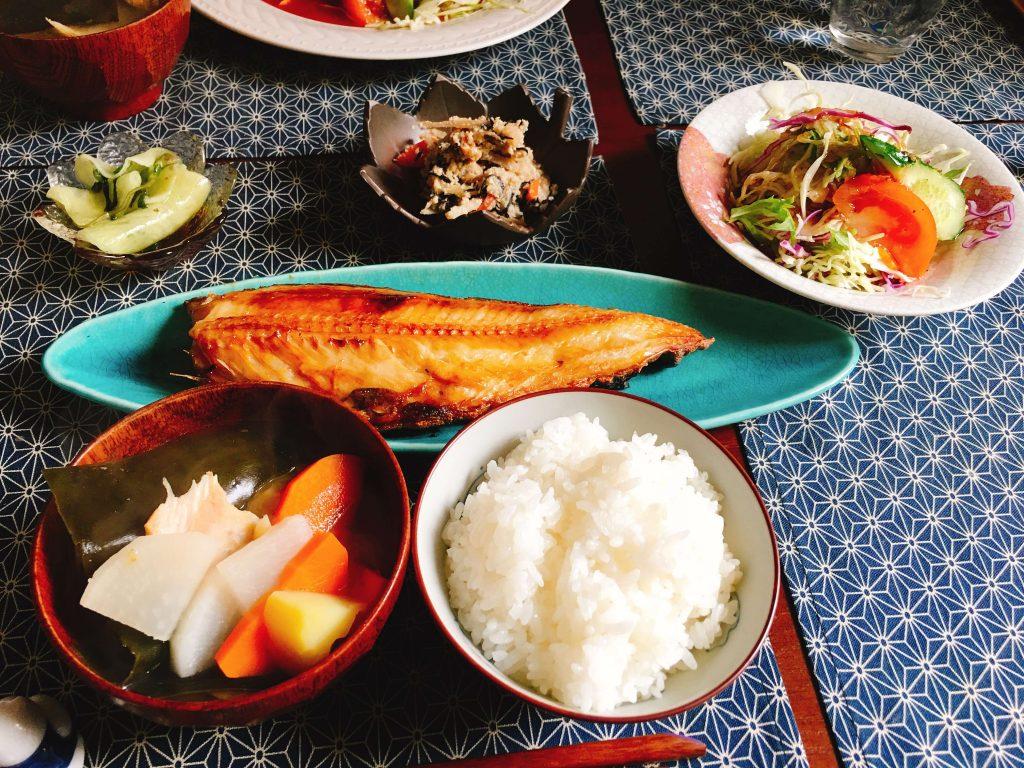 日替わり定食780円