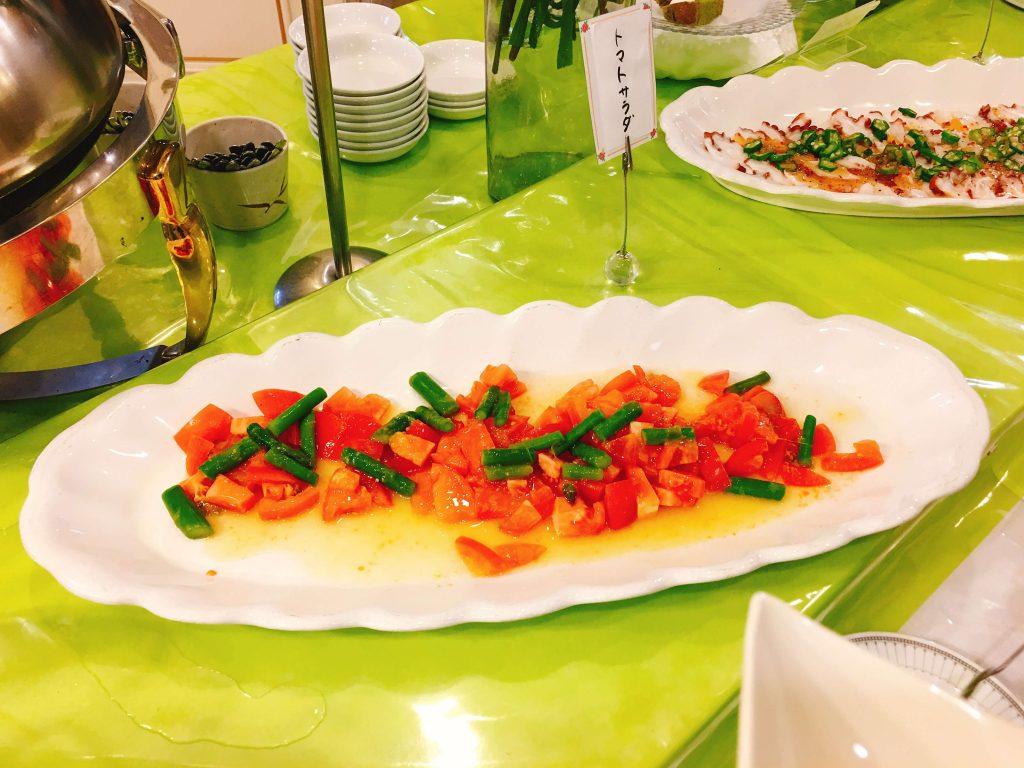 トマトとアスパラのサラダ