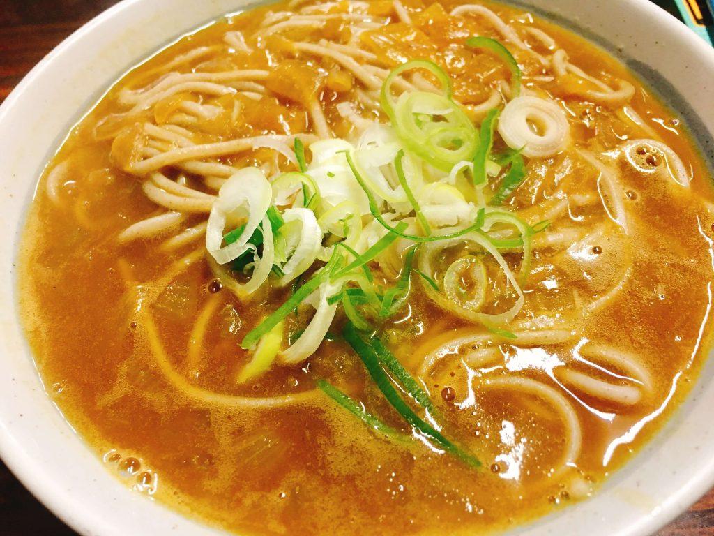カレー蕎麦520円