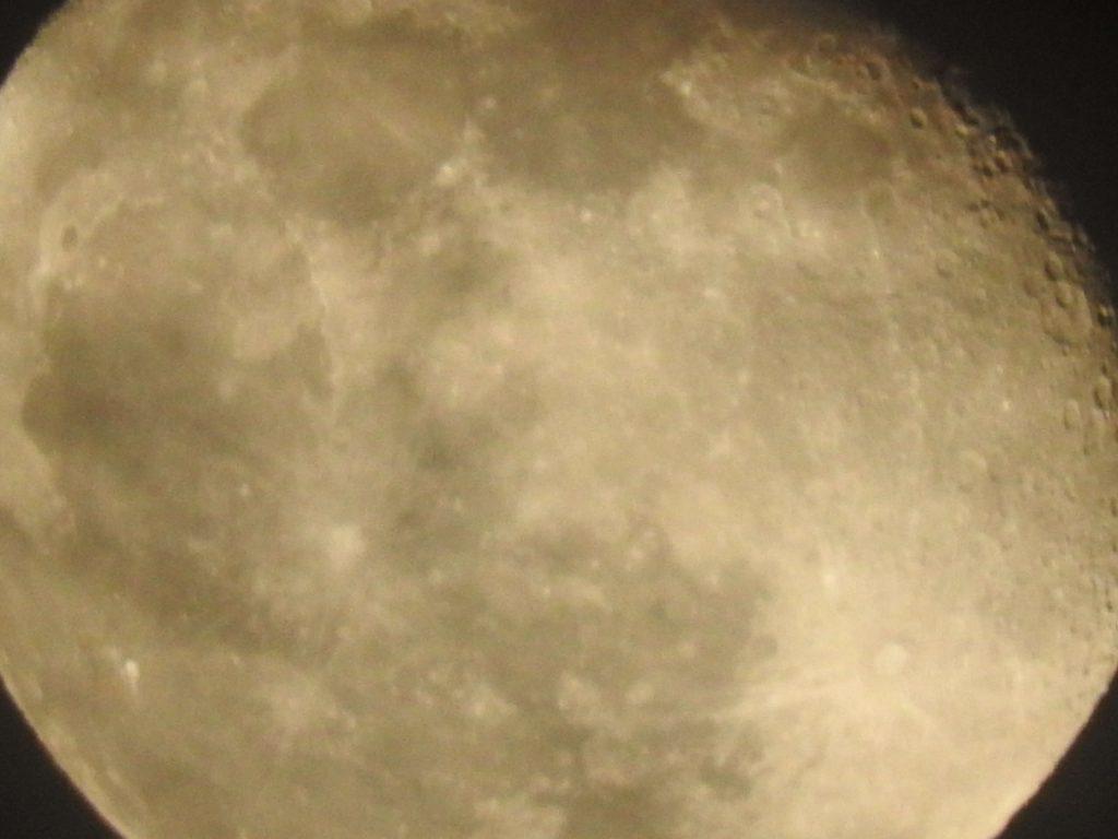 月面アップ