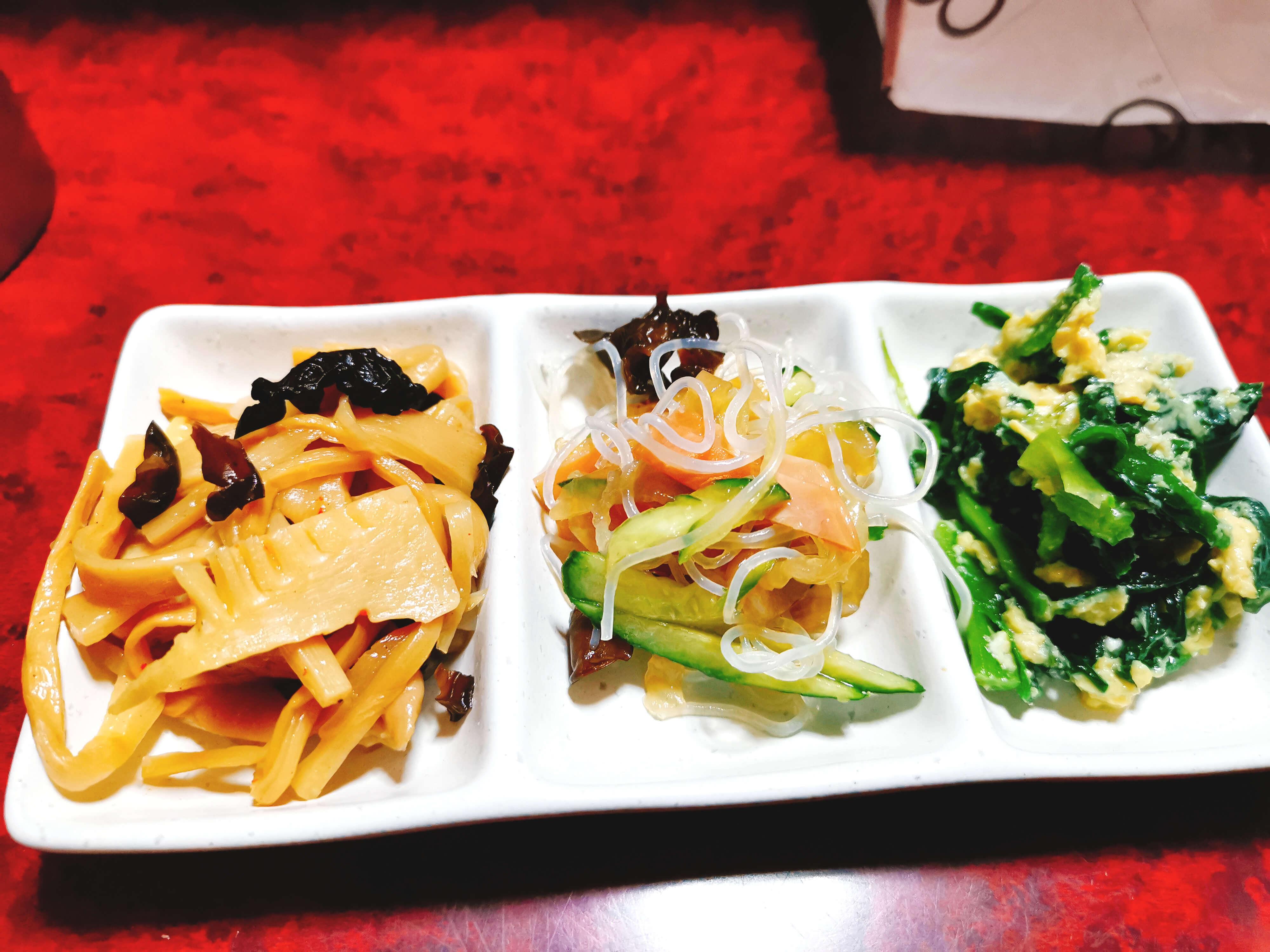 にら玉・きくらげと竹の子・きくらげサラダ