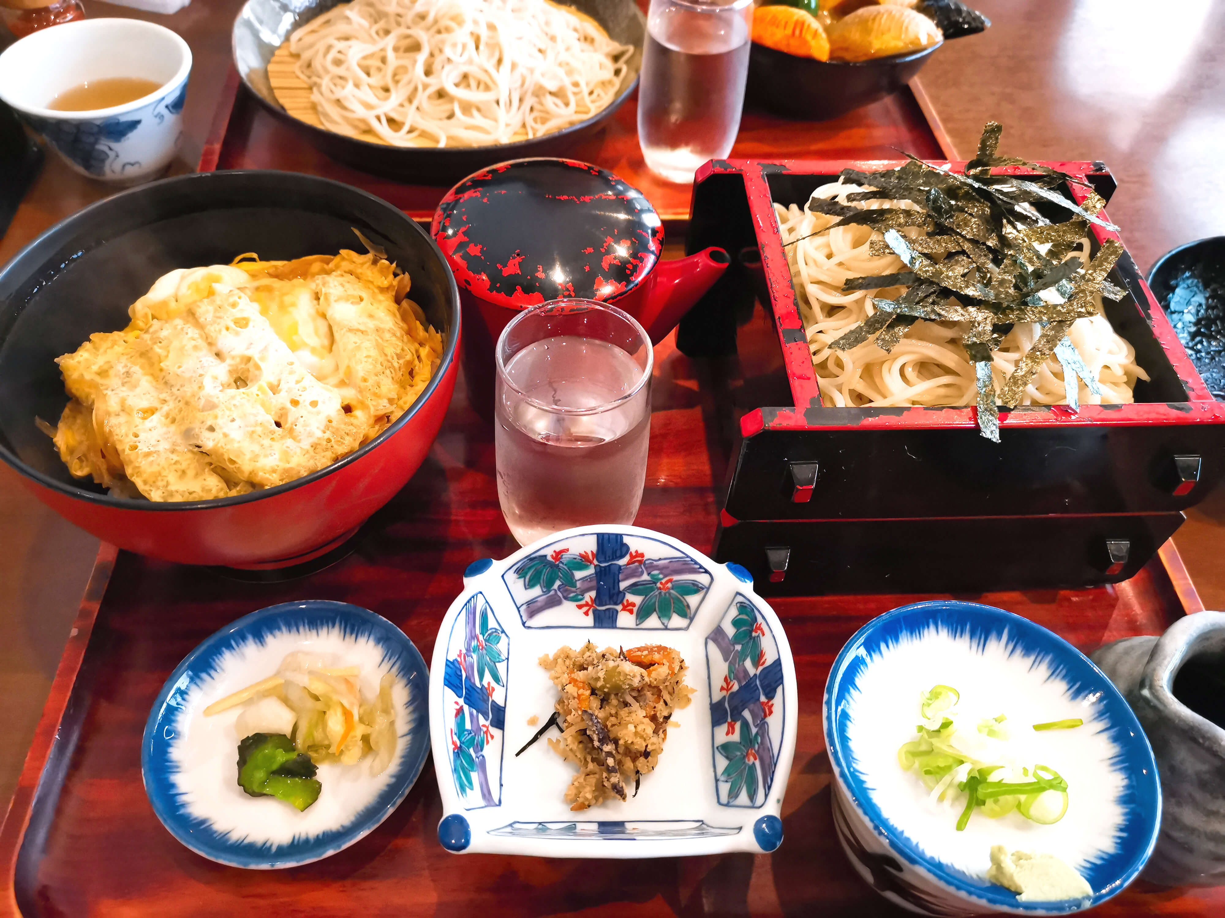 カツ丼蕎麦セット880円+100円大盛り