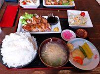 鶏モモ1枚炙り焼定食930円+大盛り100円