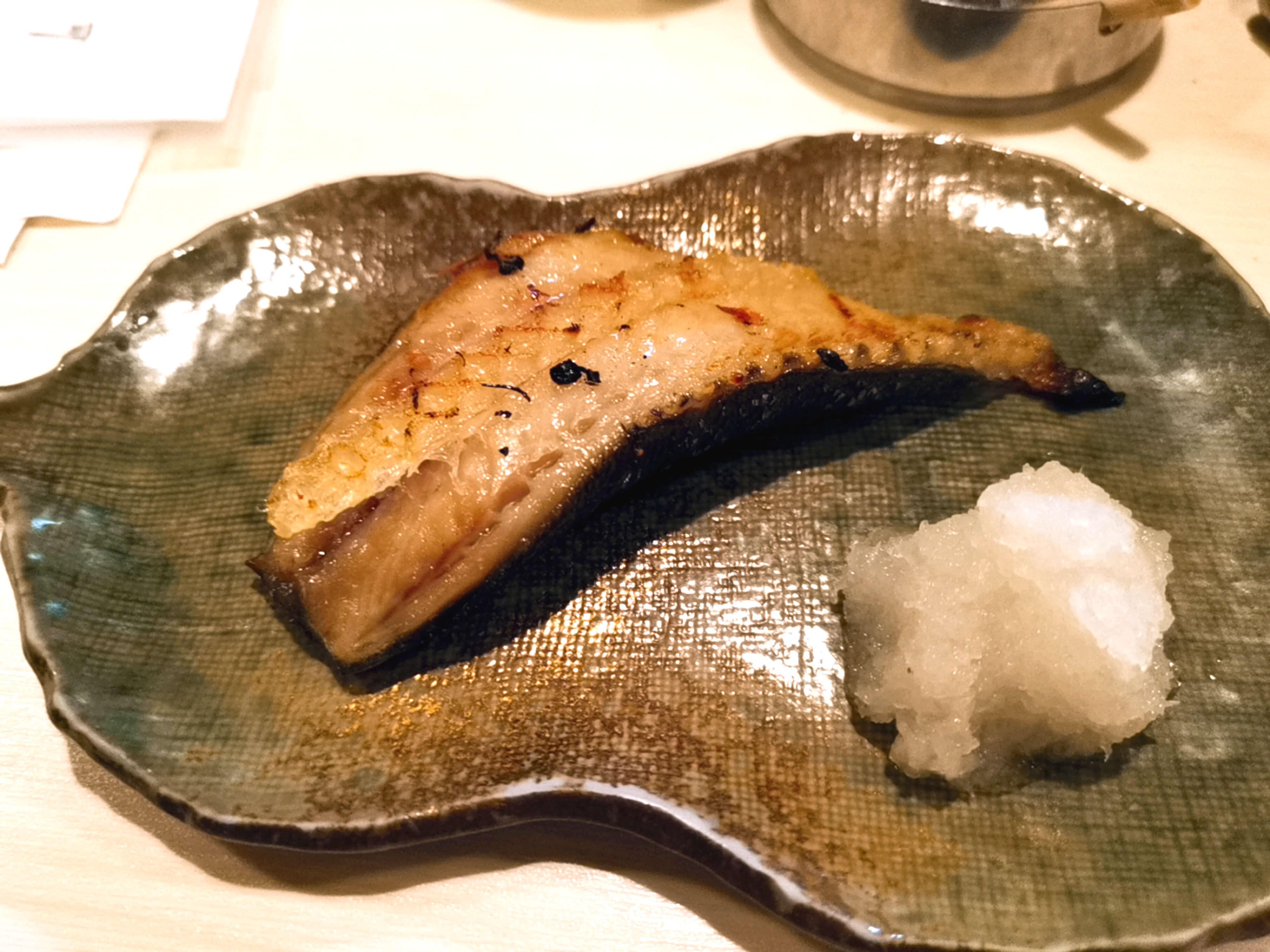 銀鱈のしっぽ焼き100円