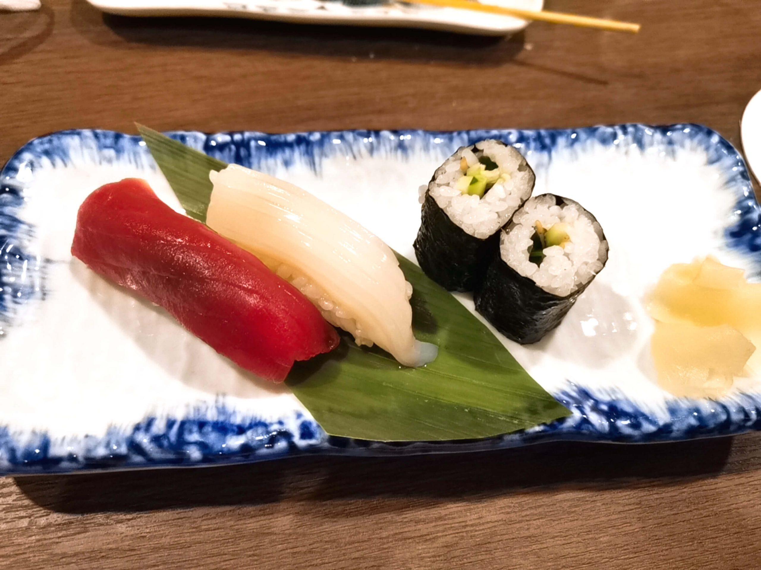寿司 鮪・真いか・細巻